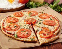 P10. Margherita Pizza